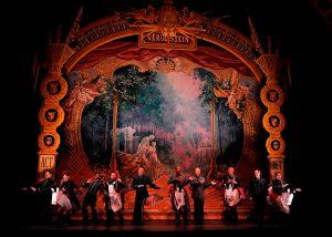 Hand painted backdrops for La Grande-Duchesse de Gérolstein - Opera Boston